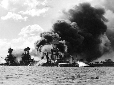 Japan attacks Pearl Harbor-7 December 1941